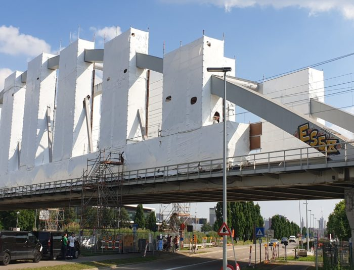 Scaffolding bridge wrap